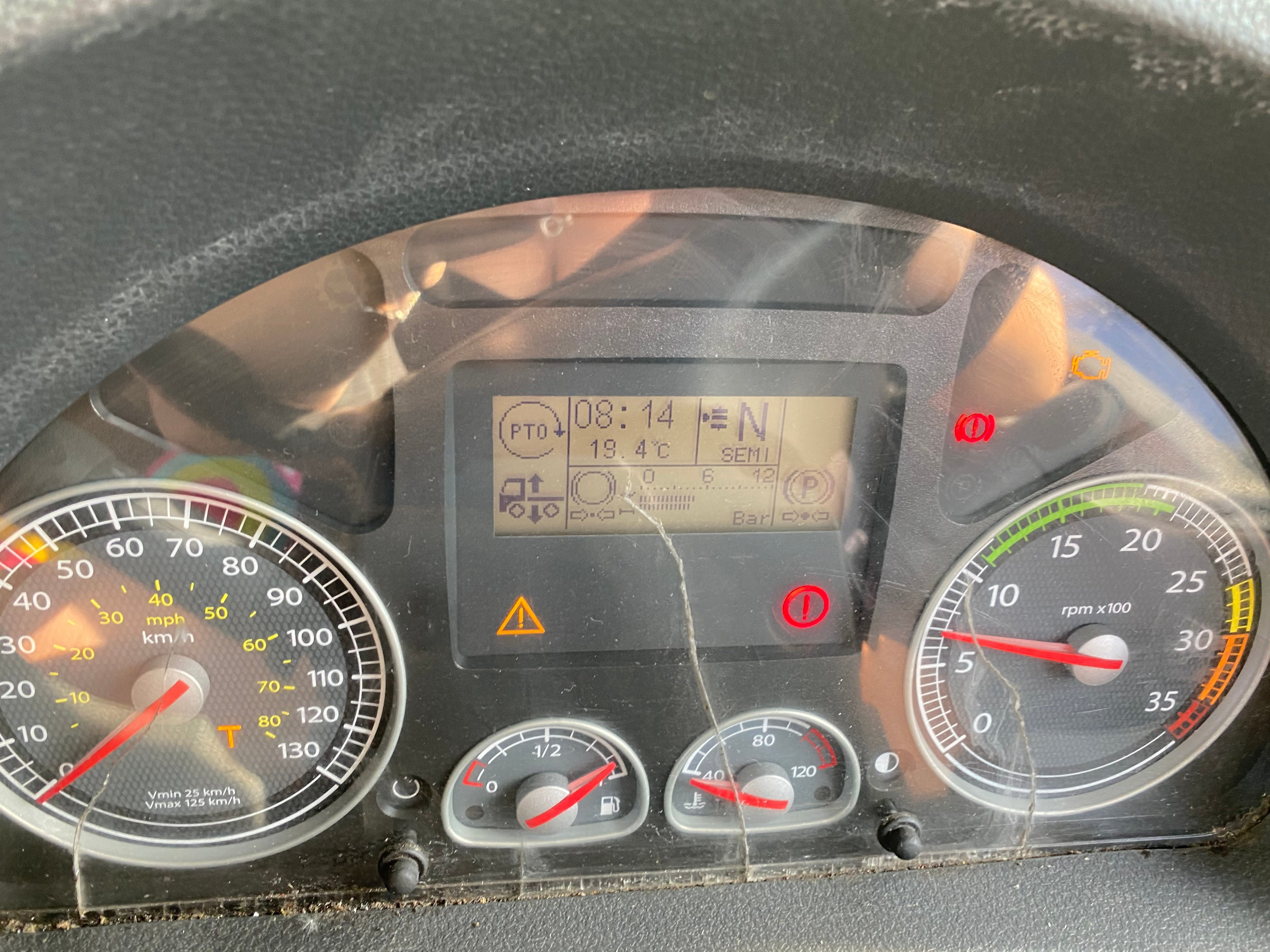 I Need Some Help With Dashboard Lights Of A Iveco Eurocargo 2009 Thanks