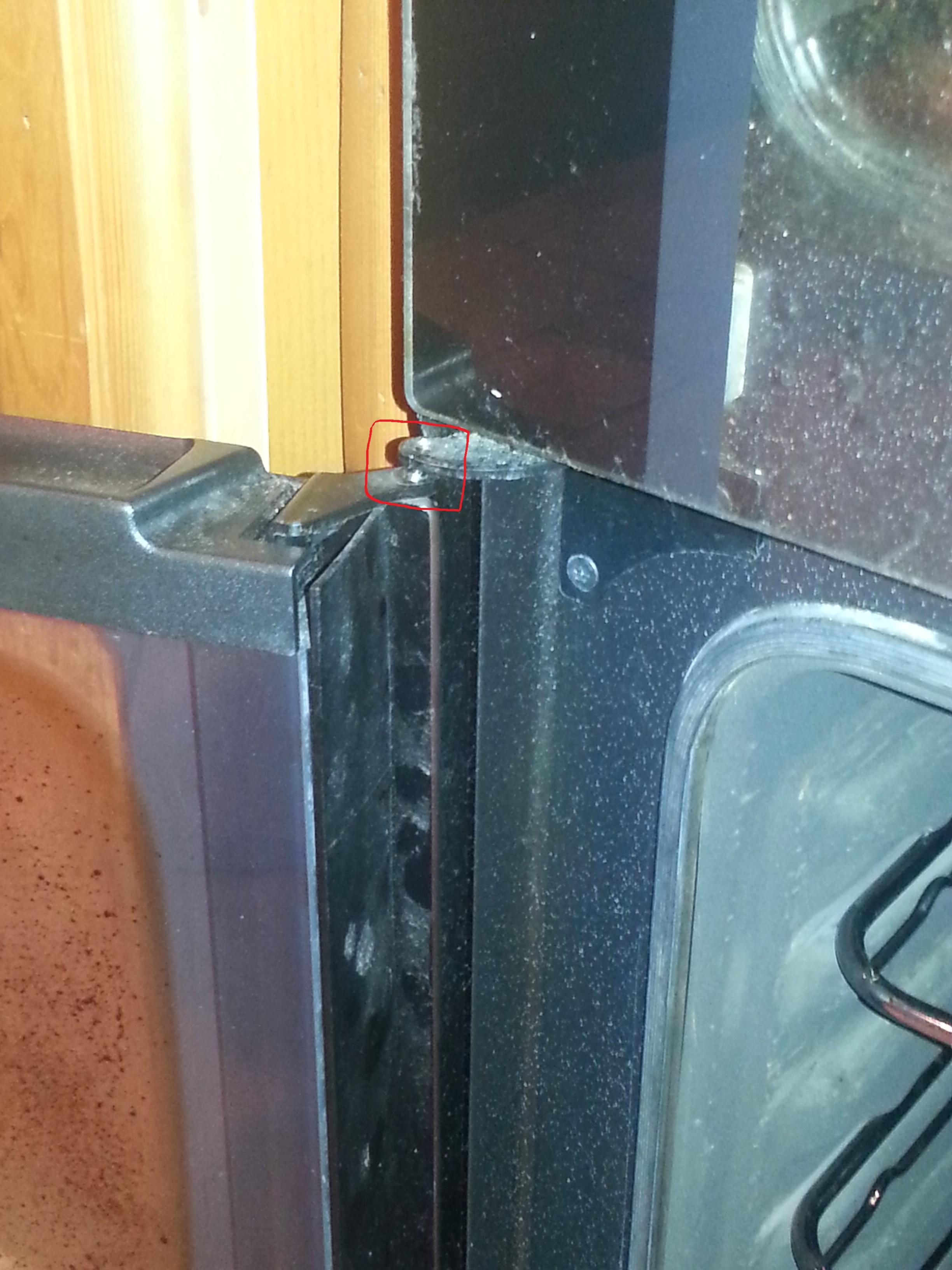The Bottom Oven Door Has Fallen Off My Zanussi Zcv662mnc