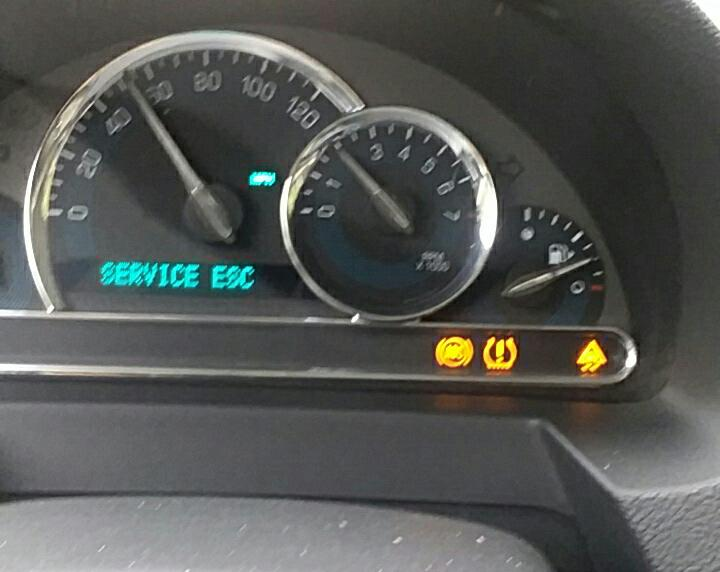 Service Esc Chevy Malibu >> I Have A 2009 Chevy Hhr And The Esc Light Came On Service Esc