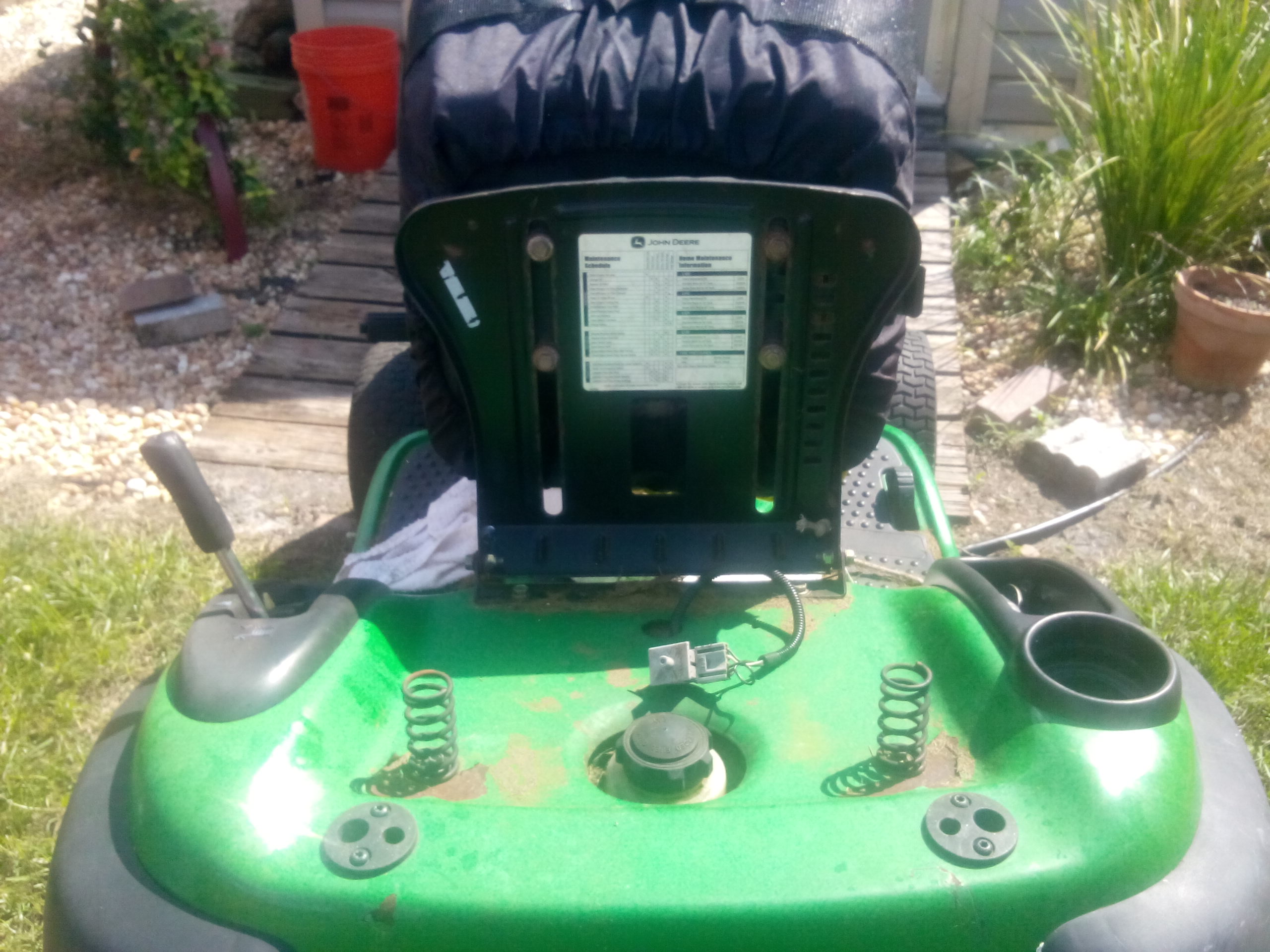 I am having problems with a deere l120 2003
