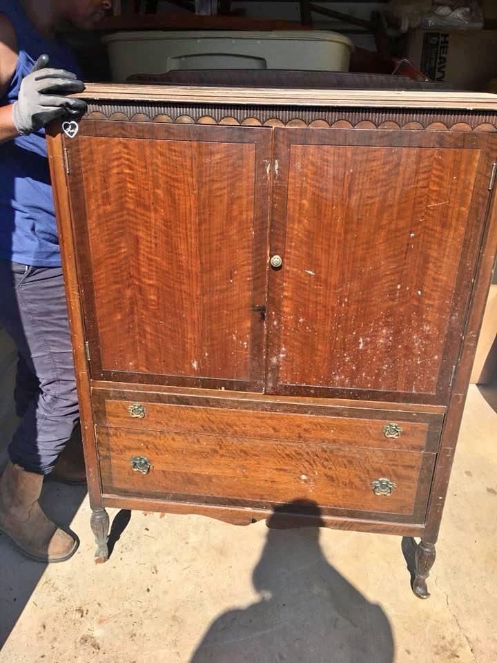 Rockford Cabinet Dresser Front