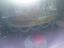 Louie XIV table right frontal.jpg