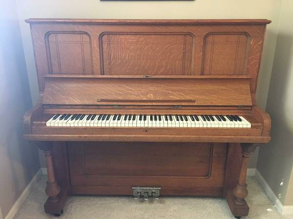 I Have A C Hinze Upright Piano Serial Is 960 4 Cabinet Is Cross