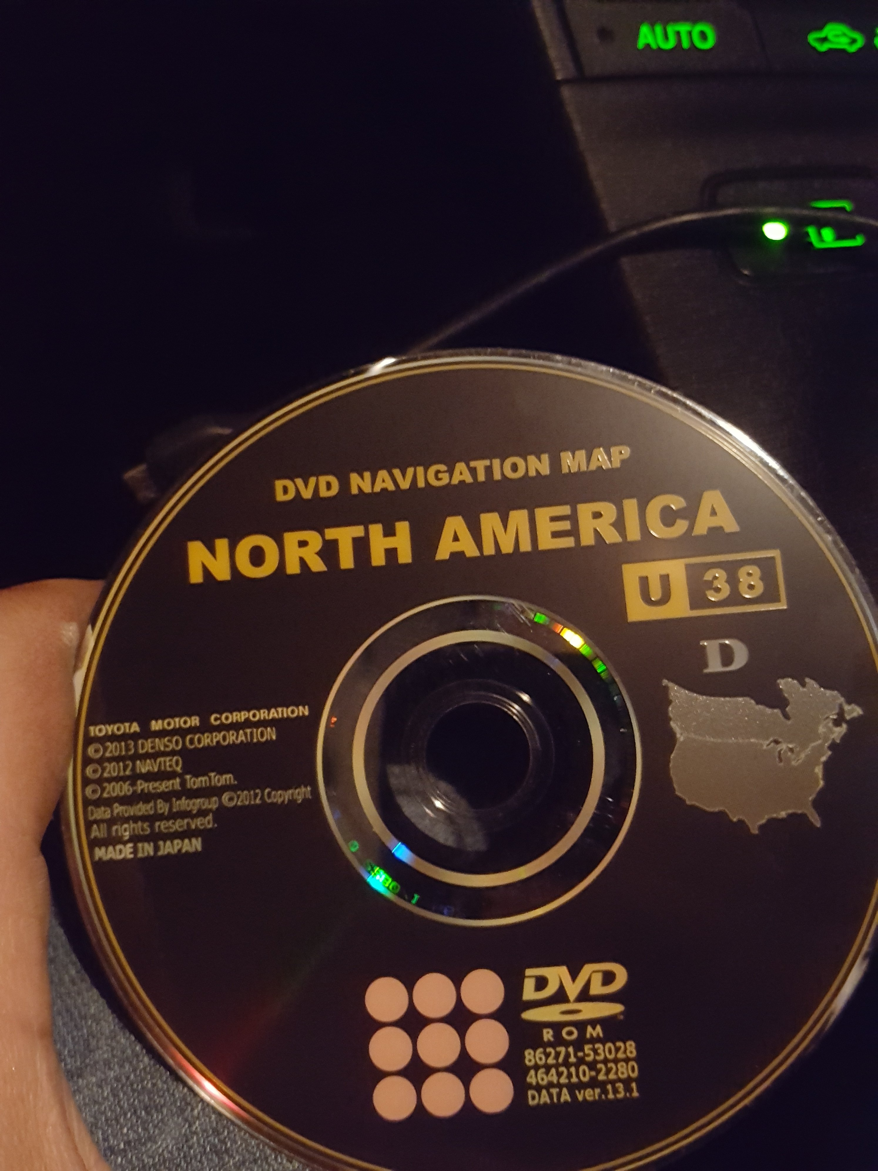 Toyota Sienna Service Manual: DVD Player Mechanical Error DVD Insertion and Ejection Error DVD Reading Abnormal