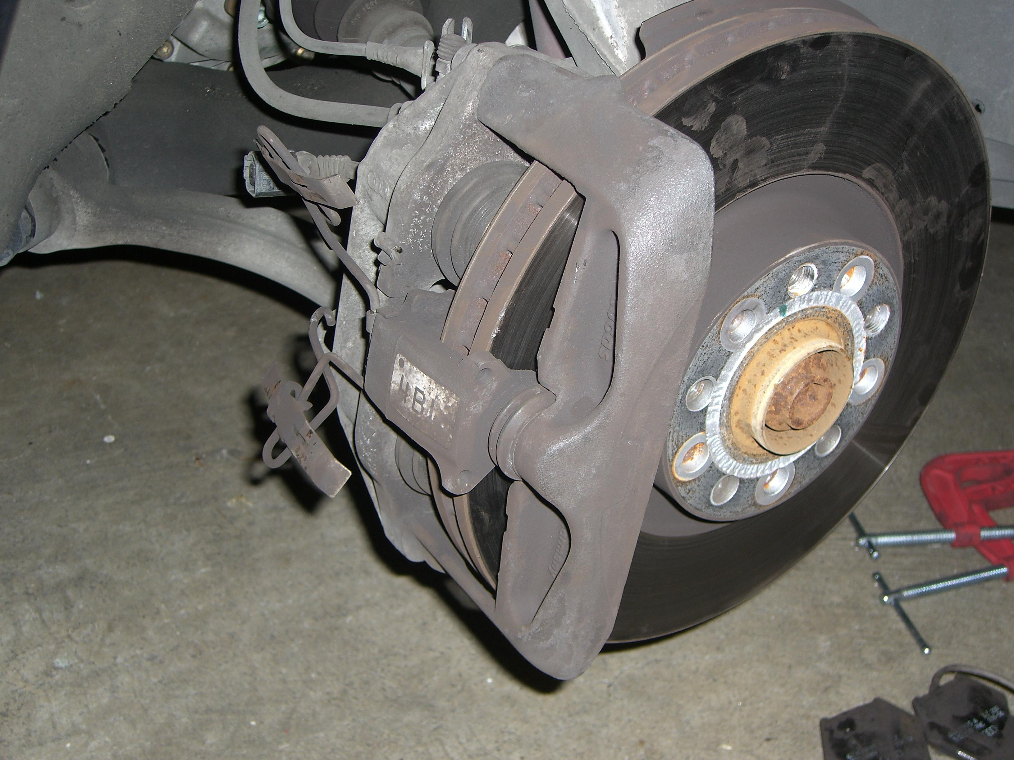 replacing my front brakes rotors on my a6 how do i get the calipers off do i need to remove. Black Bedroom Furniture Sets. Home Design Ideas
