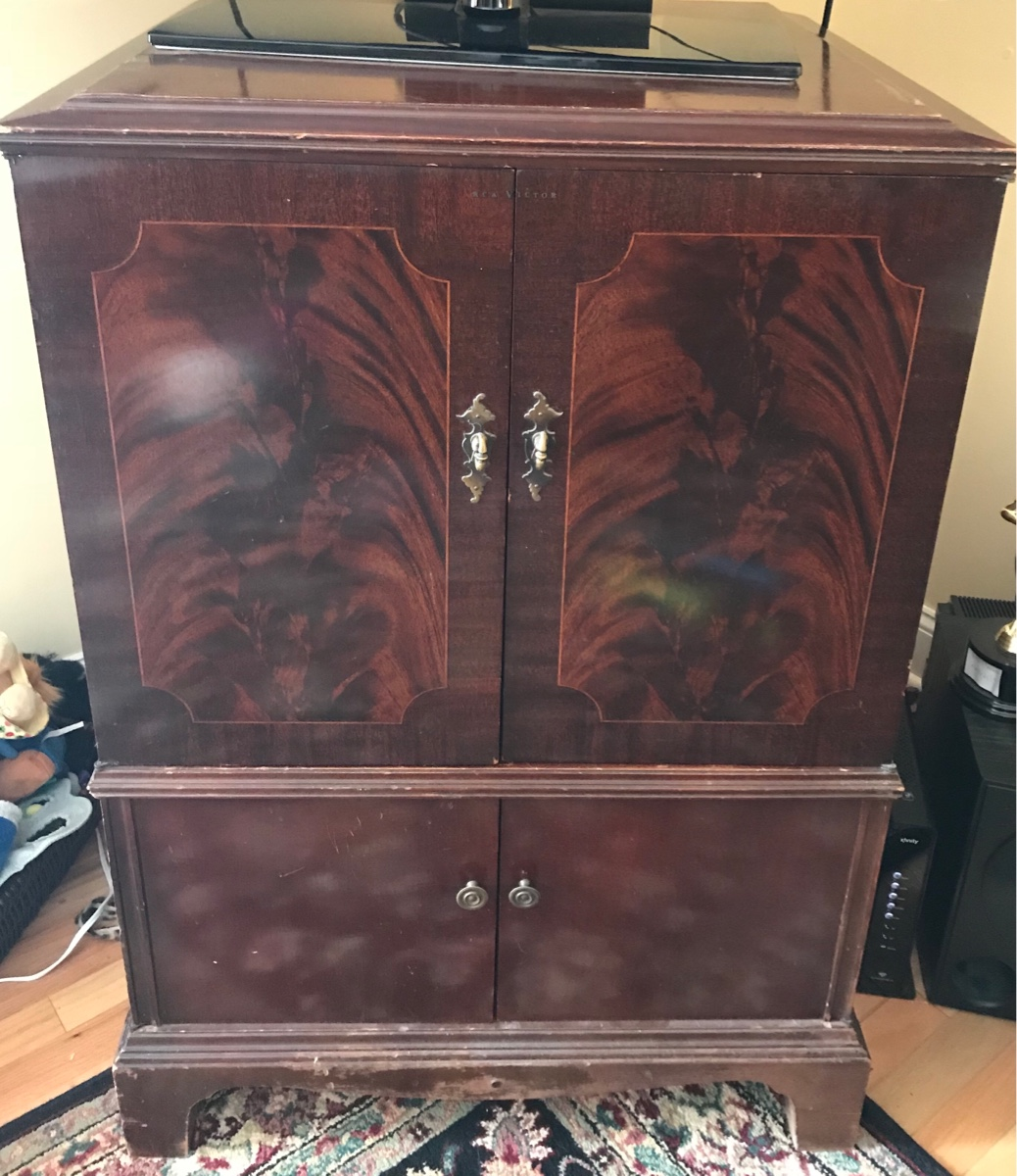 Rca Victor Victrola Cabinet How Much Is This Worth We Love It