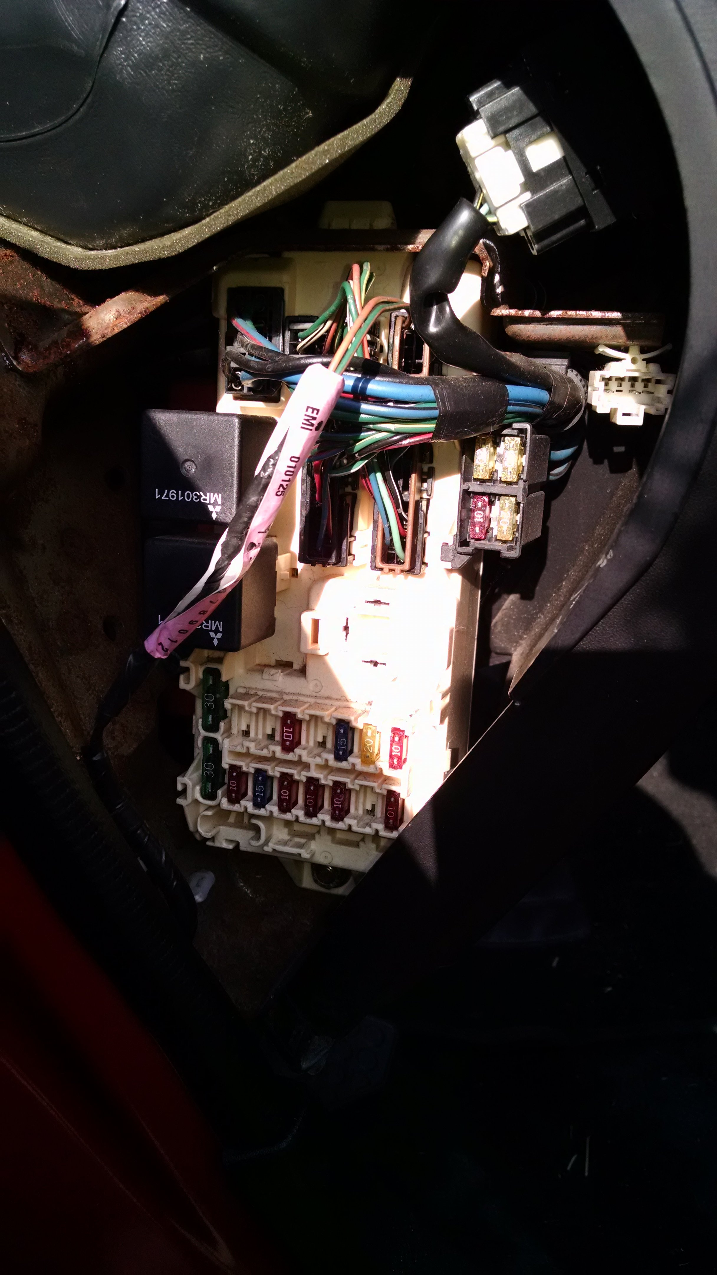 I Have An 01 Mitsubishi Eclipse That And My Brake Lights Are Not 2006 Fuse Box Diagram 14433050867861411520360