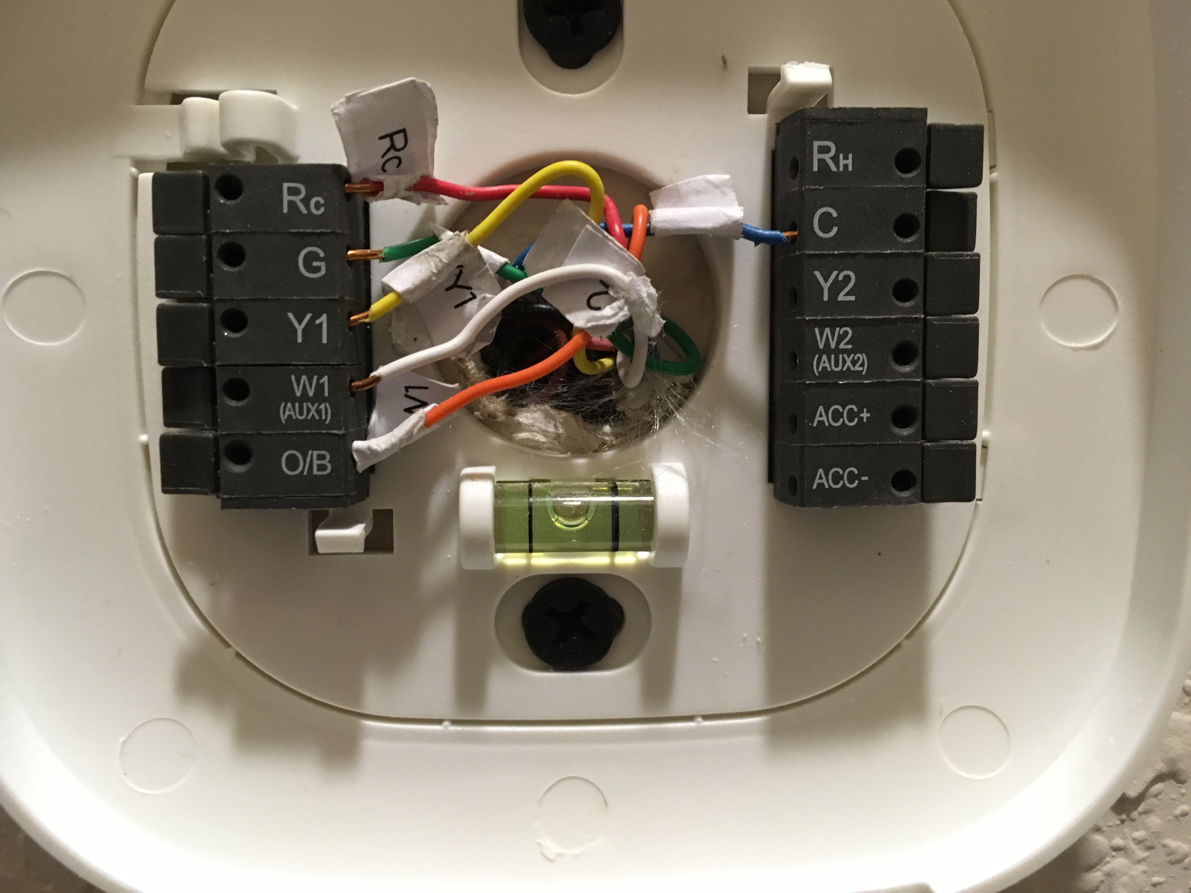 I'm installing a Honeywell thermostat (TH8110R1008). The old ... on