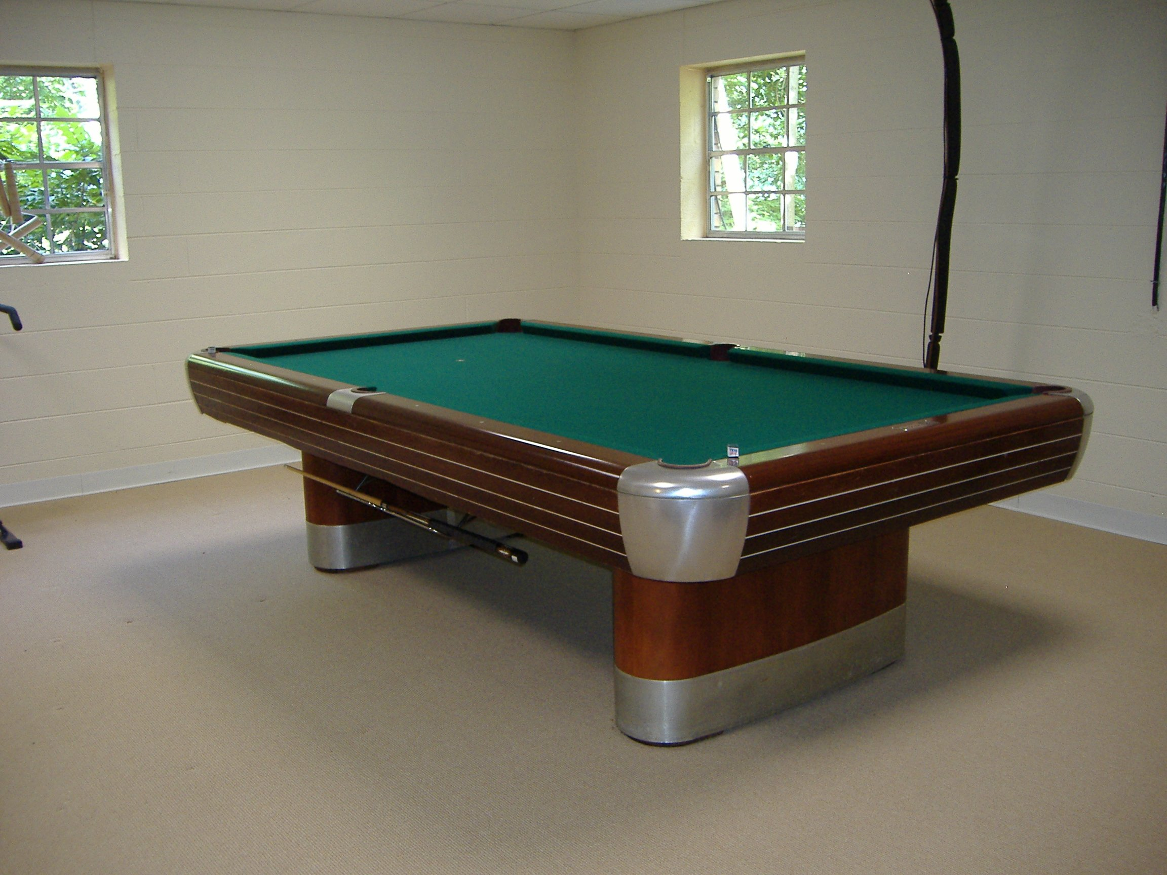 Brunswick Anniversary Pool Table