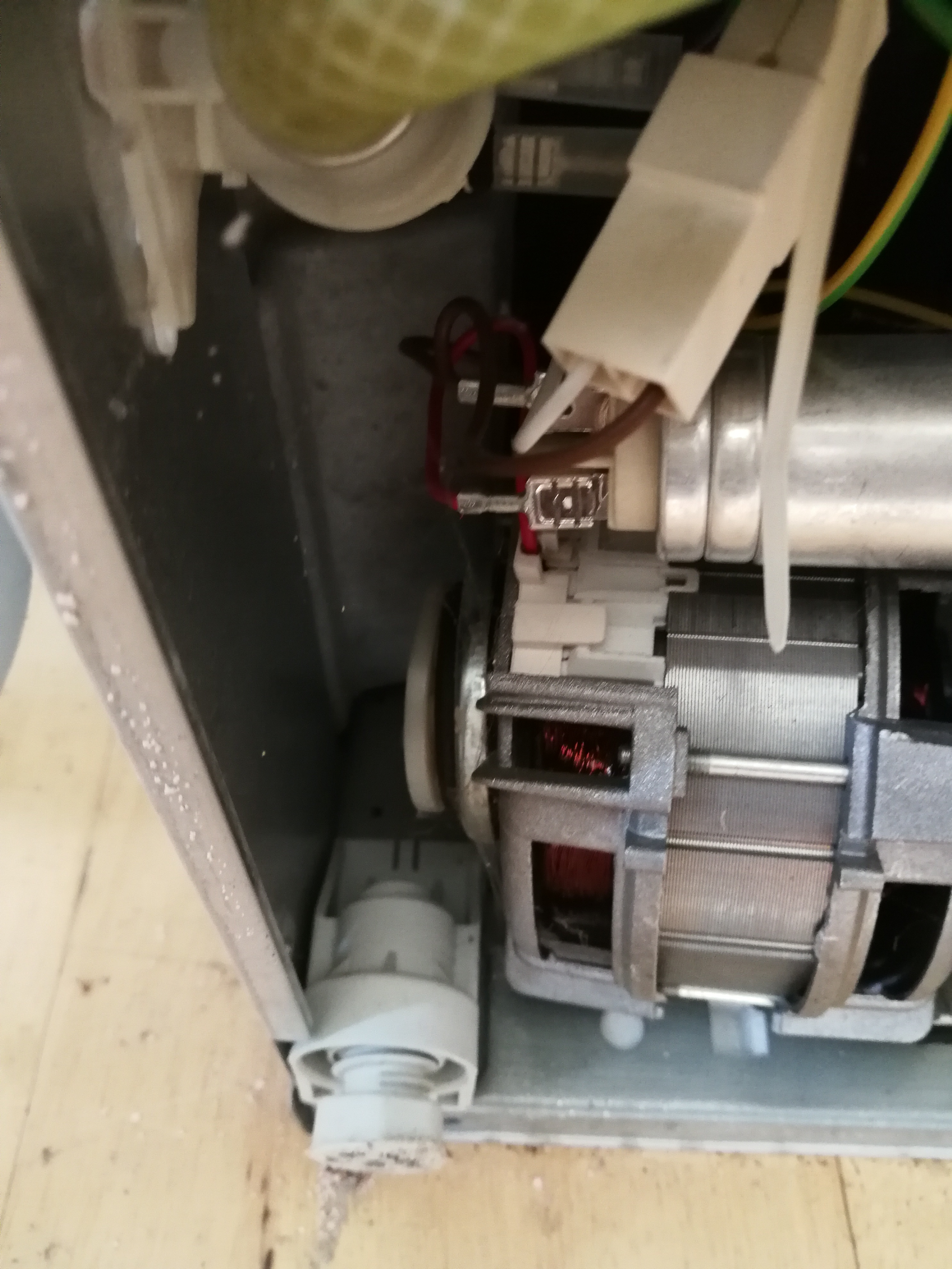 My Beko De2431f Dishwasher Keeps Tripping The Rcd Fuse Box After About 15 To 20 Minutes  Any