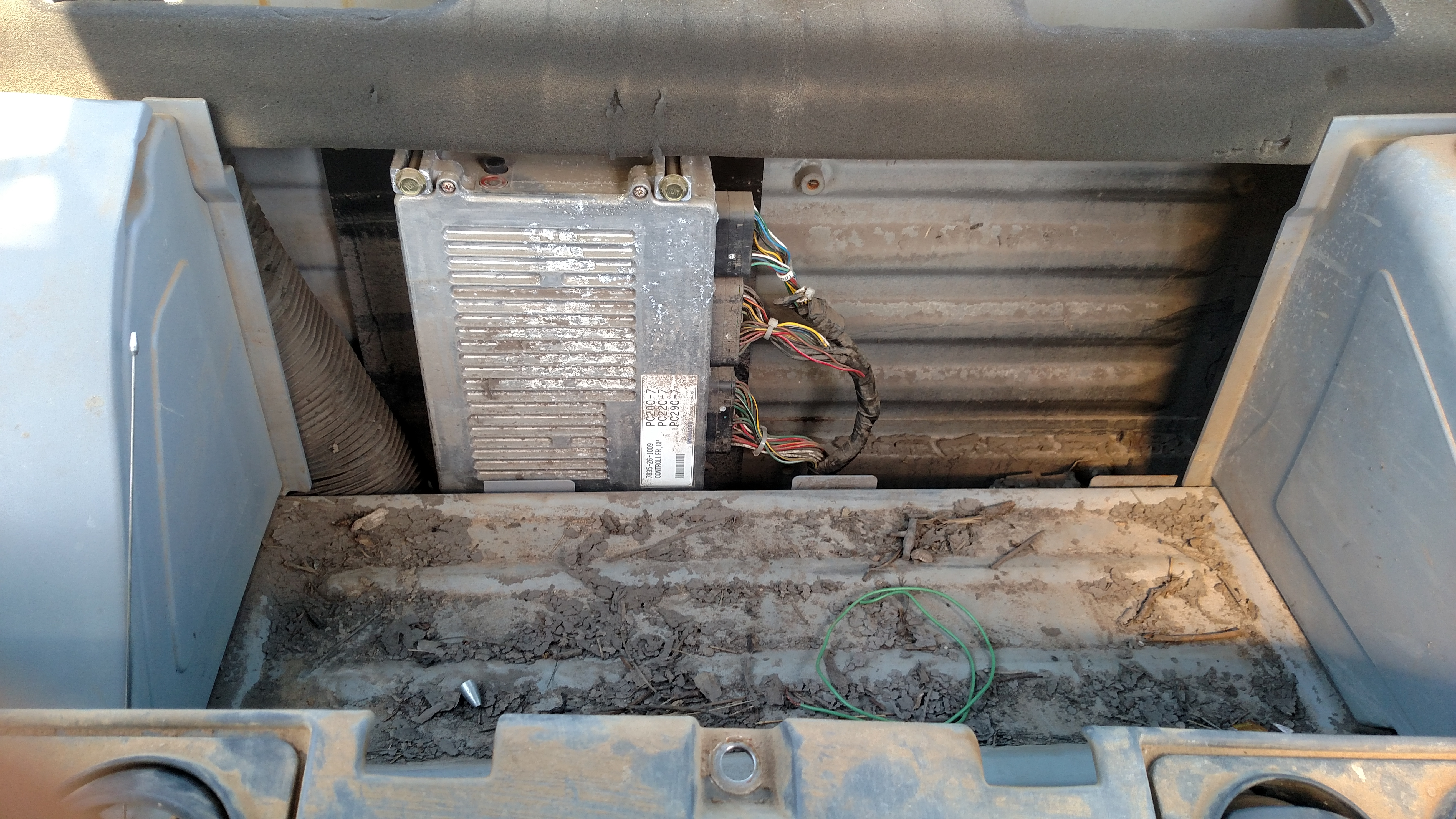 I have a Komatsu pc200lc-7 that had been submerged in water ... Komatsu Sk Pin Wire Harness on