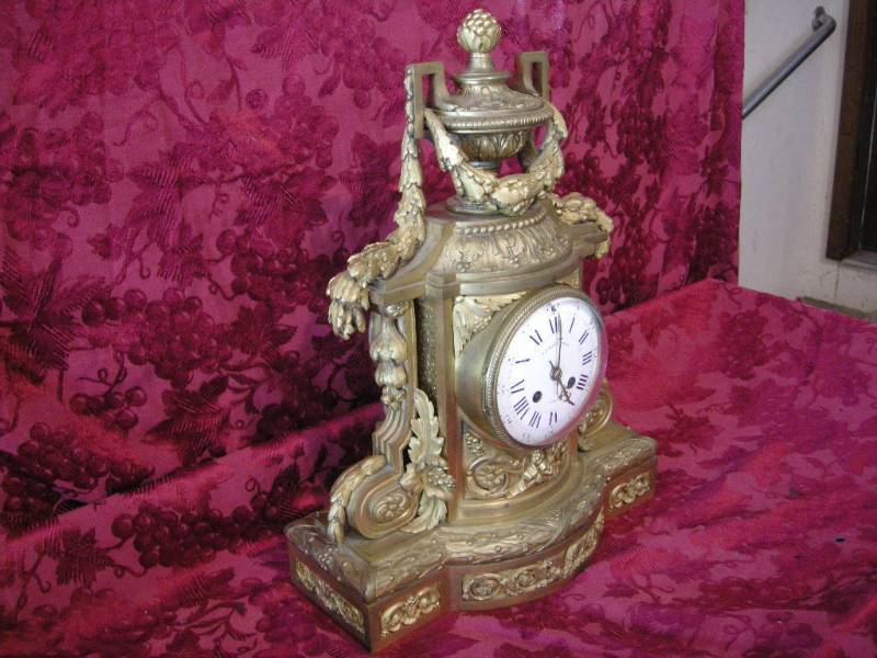 Tiffany clock2.jpg