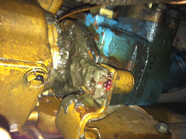Heavy Equipment Oil Leaks : I m not sure if this is the right category but here we go
