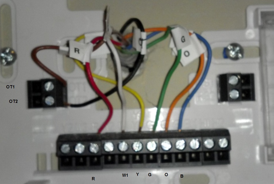 2013 01 05_031320_asunit my exsisting thermostat running my electric heat pump hvac is an honeywell rth6500wf wiring diagram at bakdesigns.co