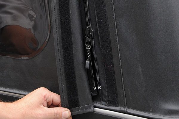 2017 jeep wrangler - rear window zipper is off track, any ...