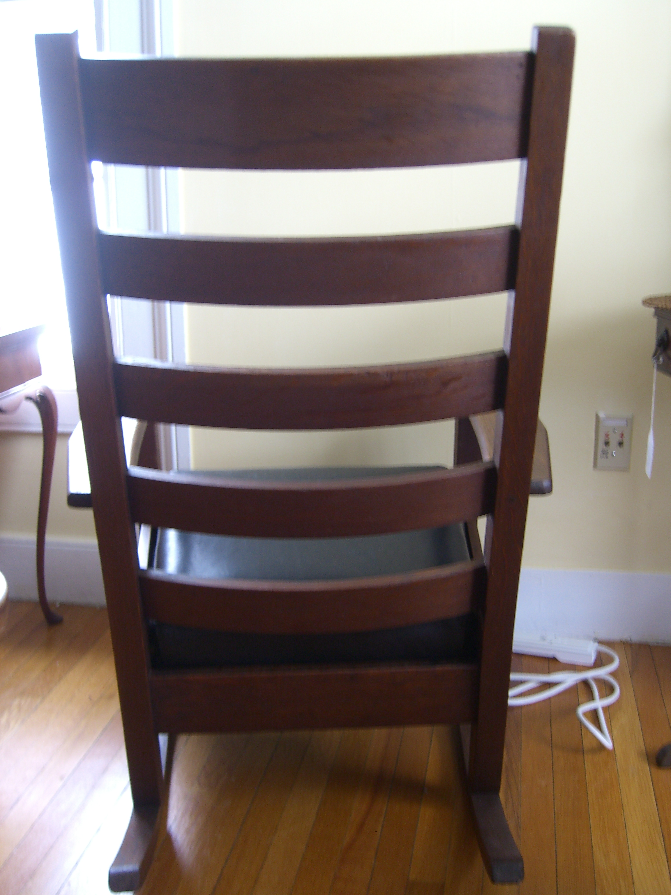I Have A Mission Style Rocking Chair With 5 Horizontal