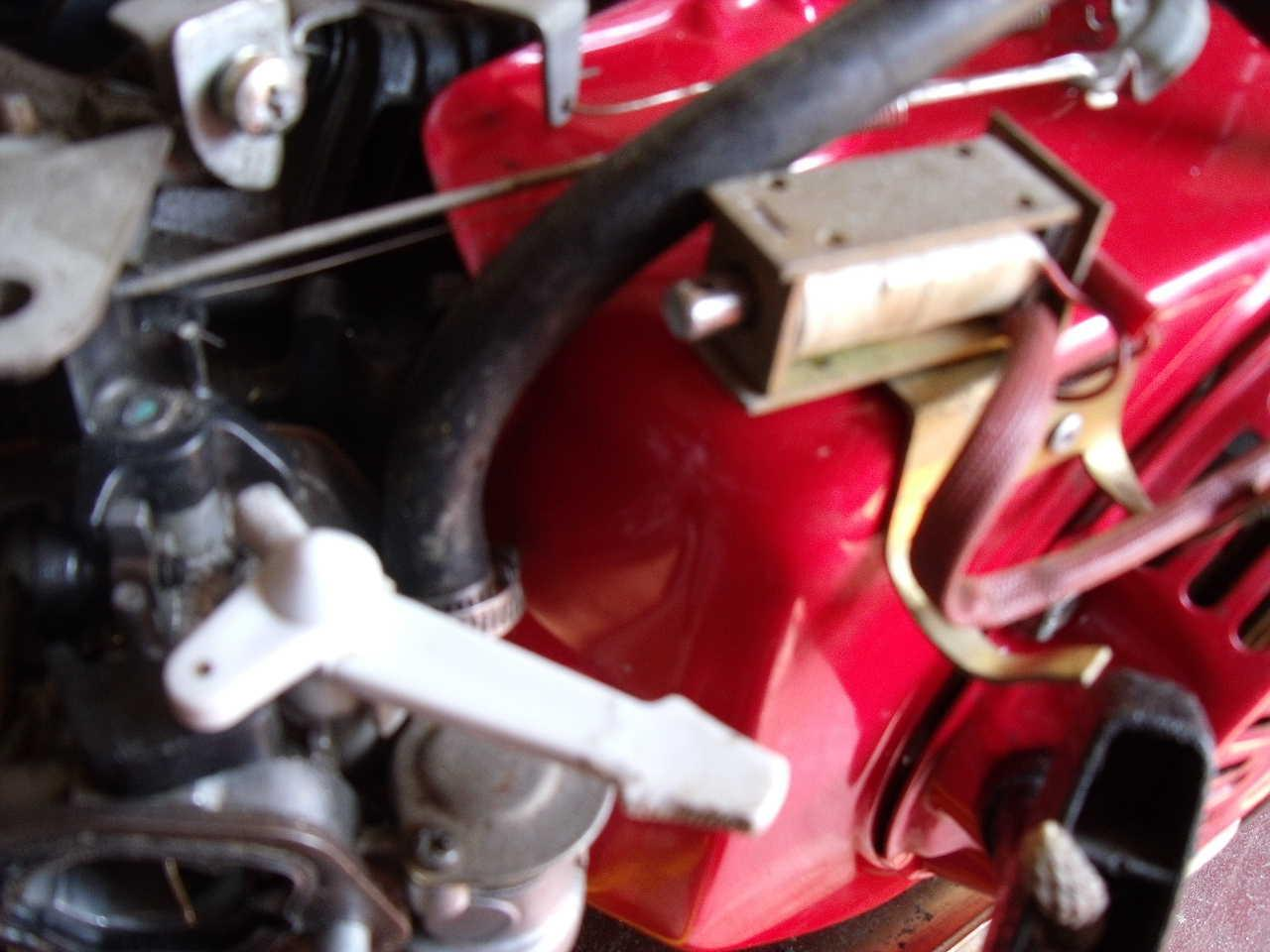 I Have Just Acquired A Secondhand Generator Powered By Gx160 Briggs And Stratton Carburetor Diagram Http Wwwjustanswercom Small The Picture Shows Solenoid With An Armature Made Original Is Missing White Choke Lever In Position Carburettor Housing Has