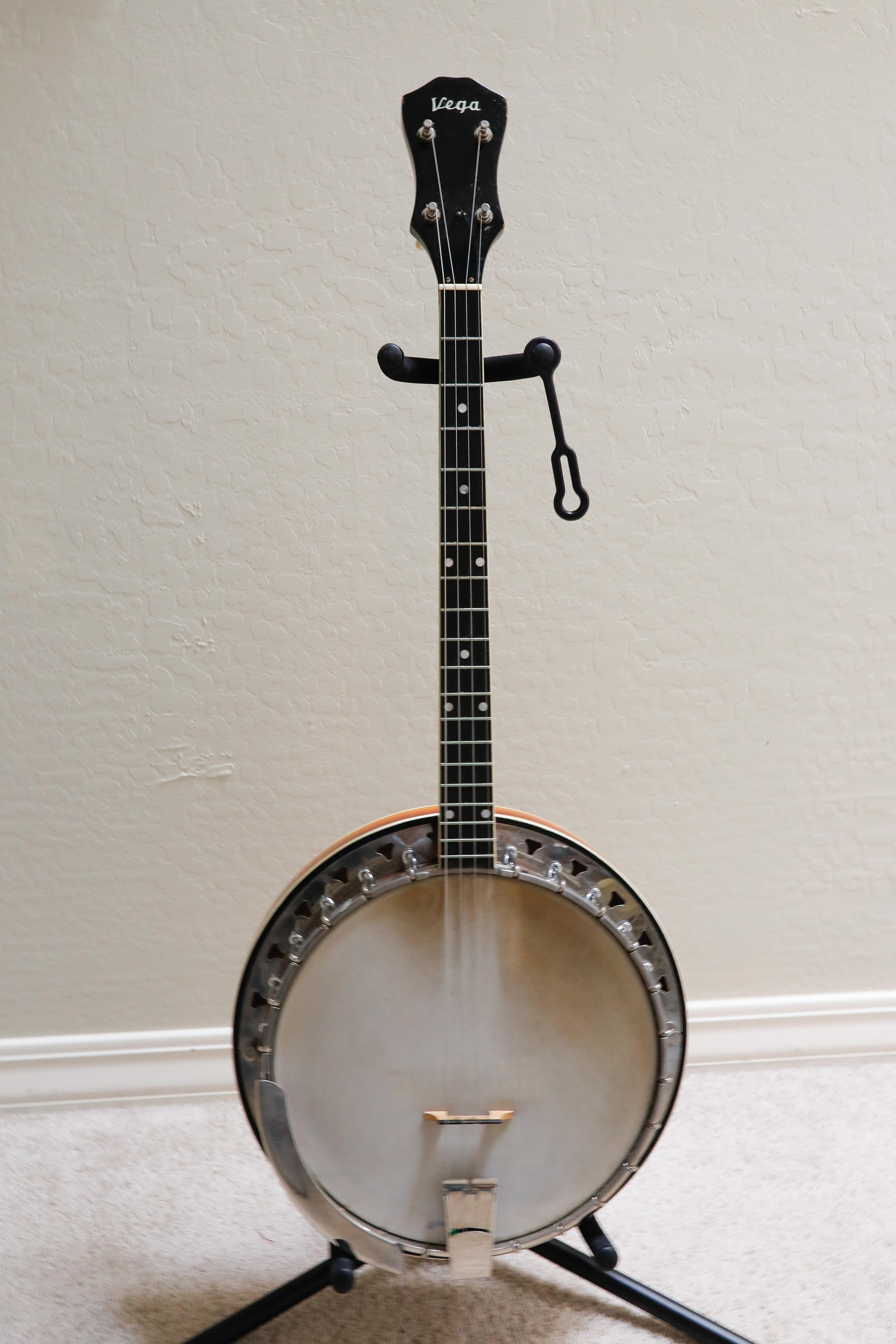 Vega banjo sarja numero dating
