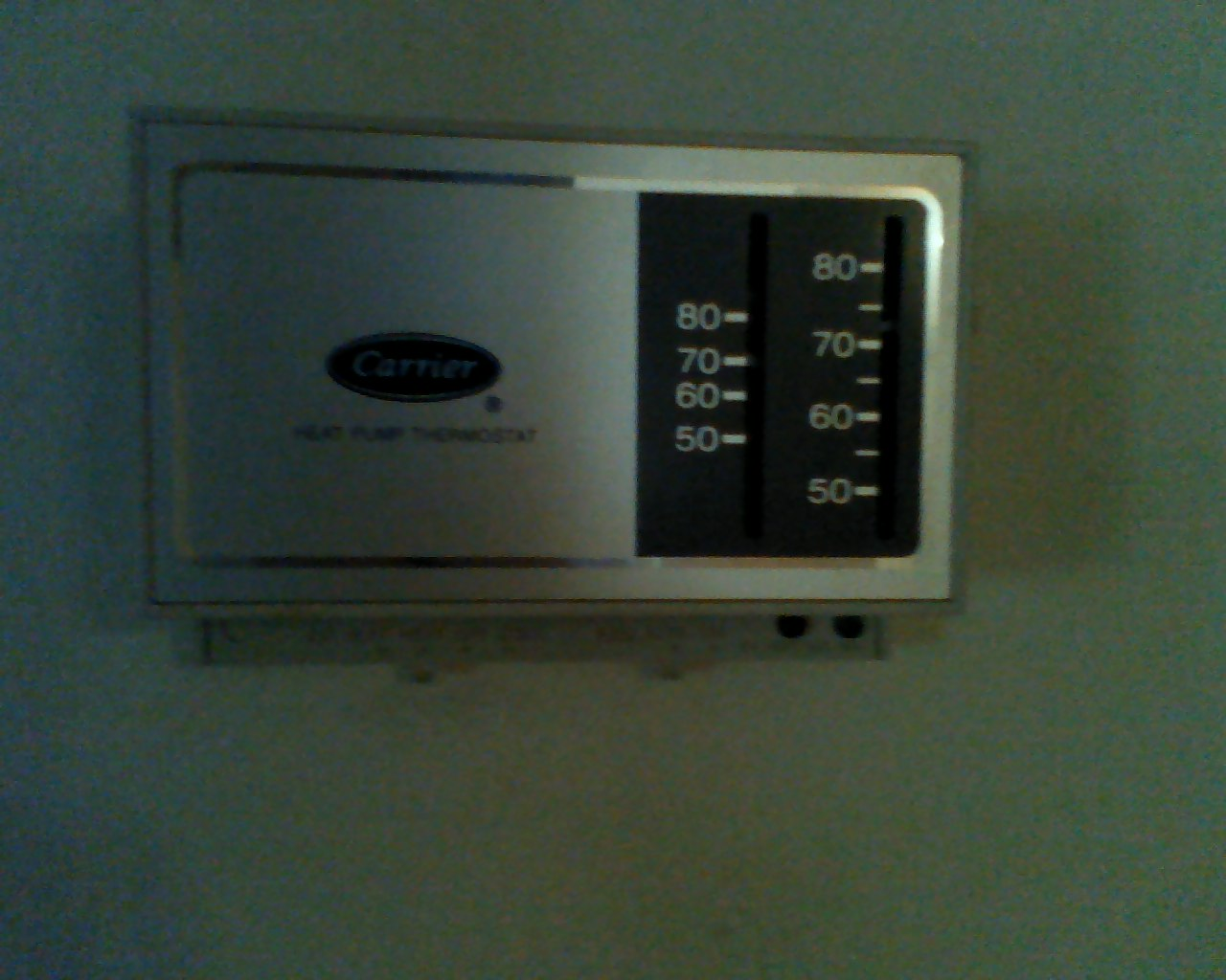 What Does The Green Light On A Heatpump Thermostat Mean I