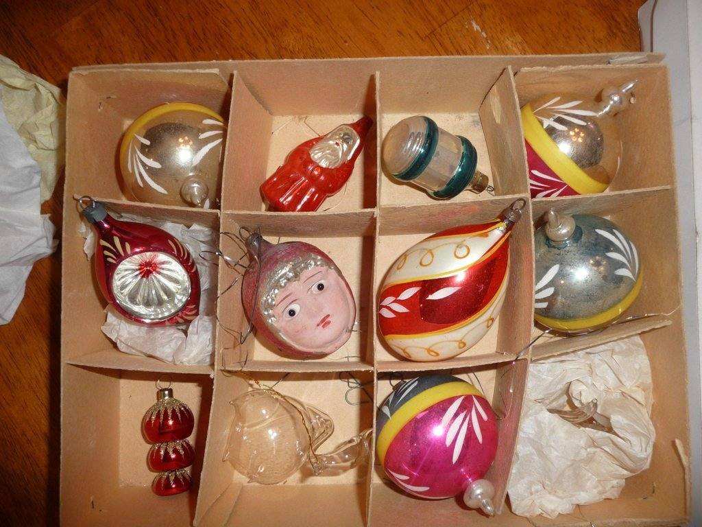 Are Antique Christmas Ornaments Valuable