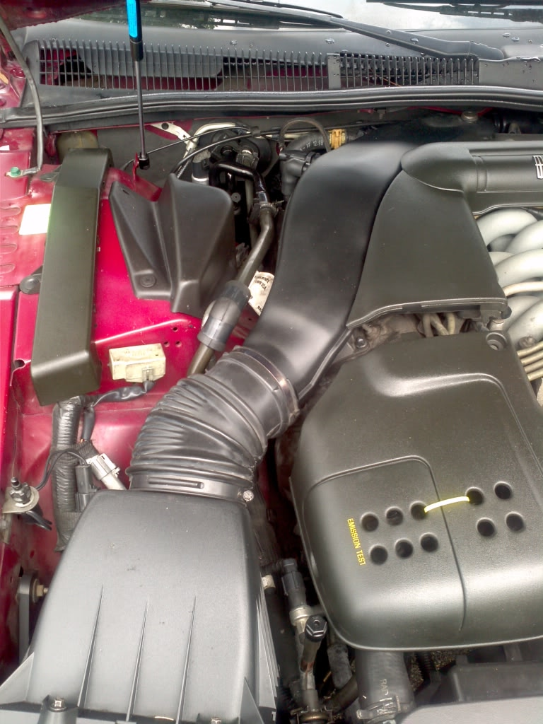 trying to find the low side service port on my 1995 lincoln viii lsc rh justanswer com Lincoln Mark IV Lincoln Mark III