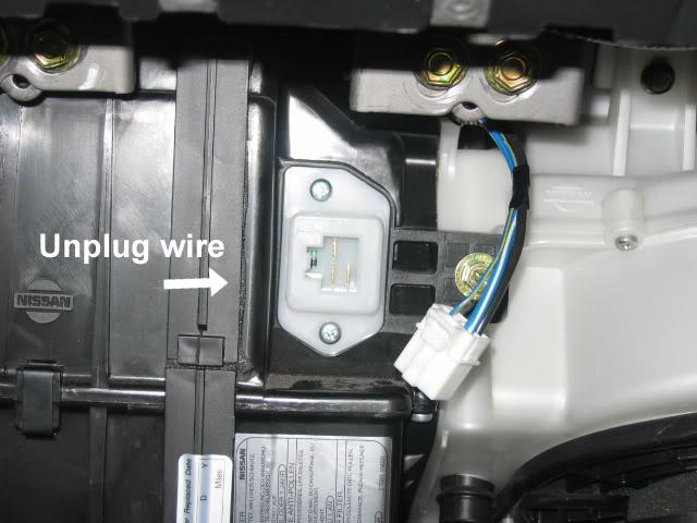 Img on Nissan Pathfinder Fan Control Amplifier