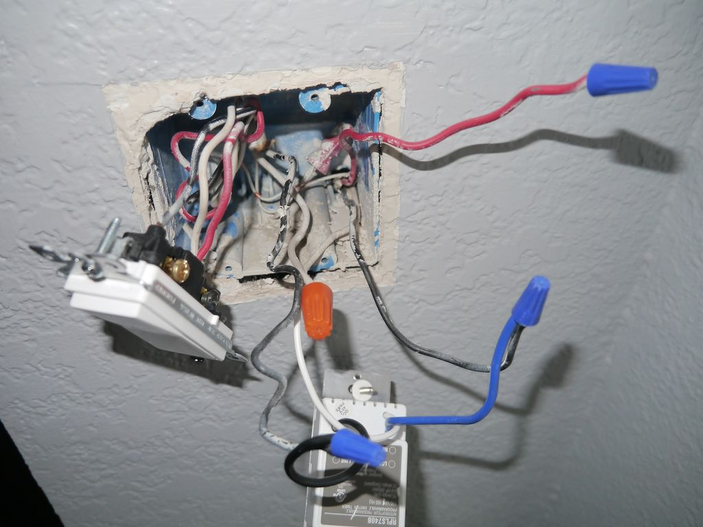P1070513 honeywell programmable light timer switch wiring diagram honeywell econoswitch rpls740b wiring diagram at crackthecode.co