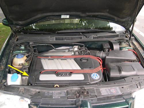 I currently own a 2000 volkswagen jetta vr6 with approx 96000 2 the main water pump is driven by the serpentine belt and is located just below and to the rear of the serpentine belt tensioner pulley publicscrutiny Gallery