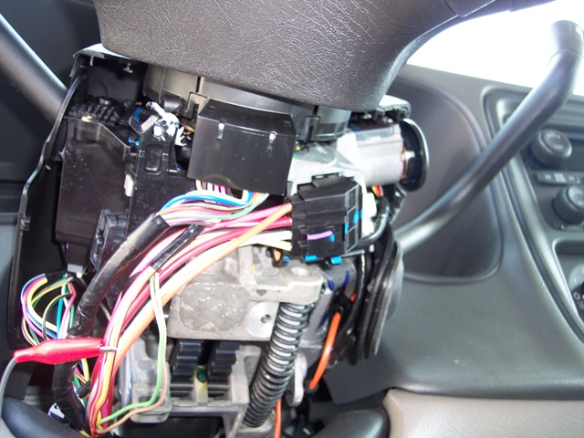 additionally  furthermore Chevrolet Tahoe Fuse Box Instrument Panel Fuse Block besides Trailer Hitch Installation Chevrolet Traverse Hidden besides Chevy Suburban Igntion Switch Harness And Steering Column Harness. on chevy truck diagrams