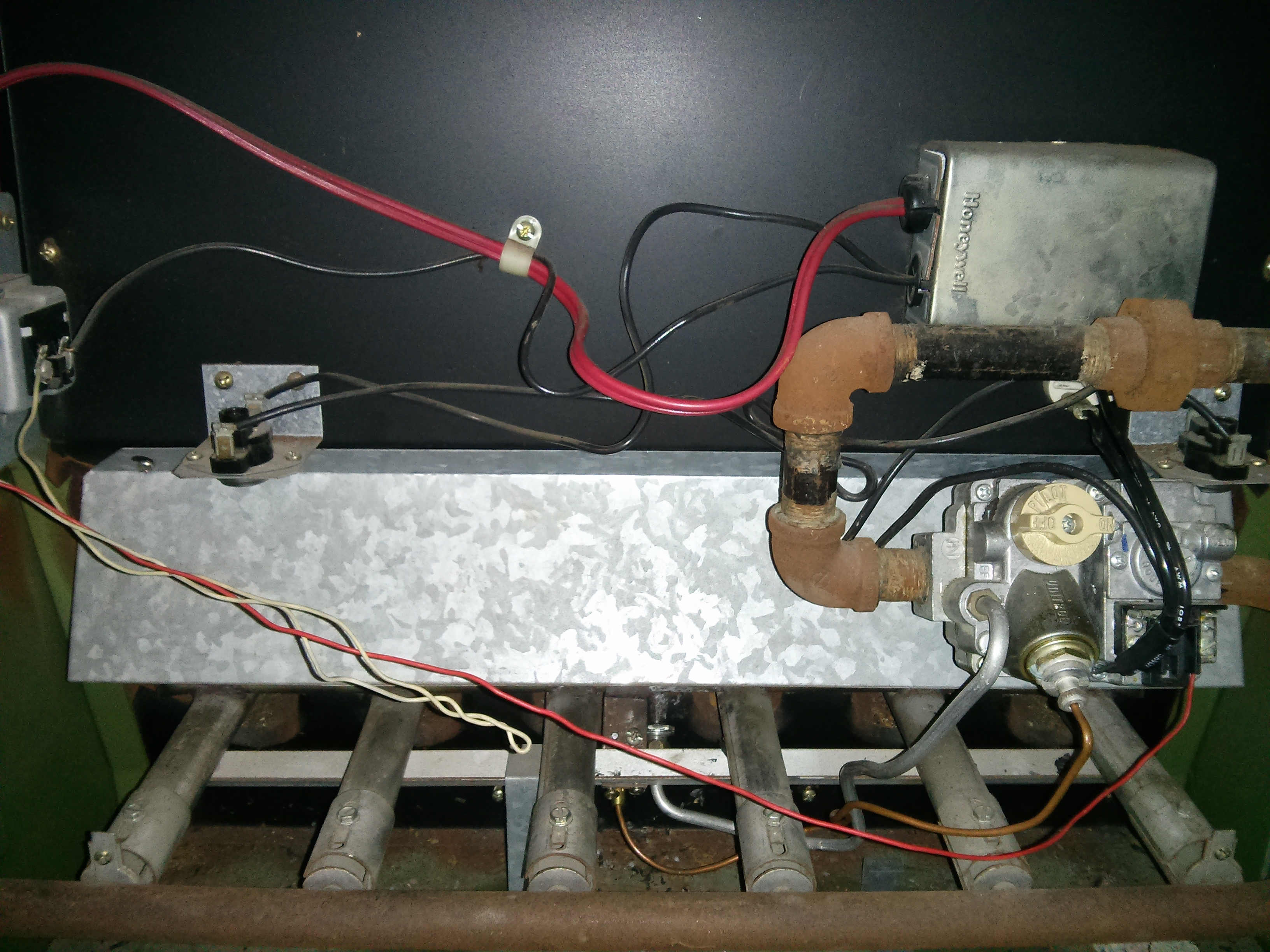 Wiring Rheem Furnace Model Rgda 0 75a Cr Layout Diagrams 1 X 2000 Gas Furnaces I Have A With Pilot Light And Thermocouple Rh Justanswer Com