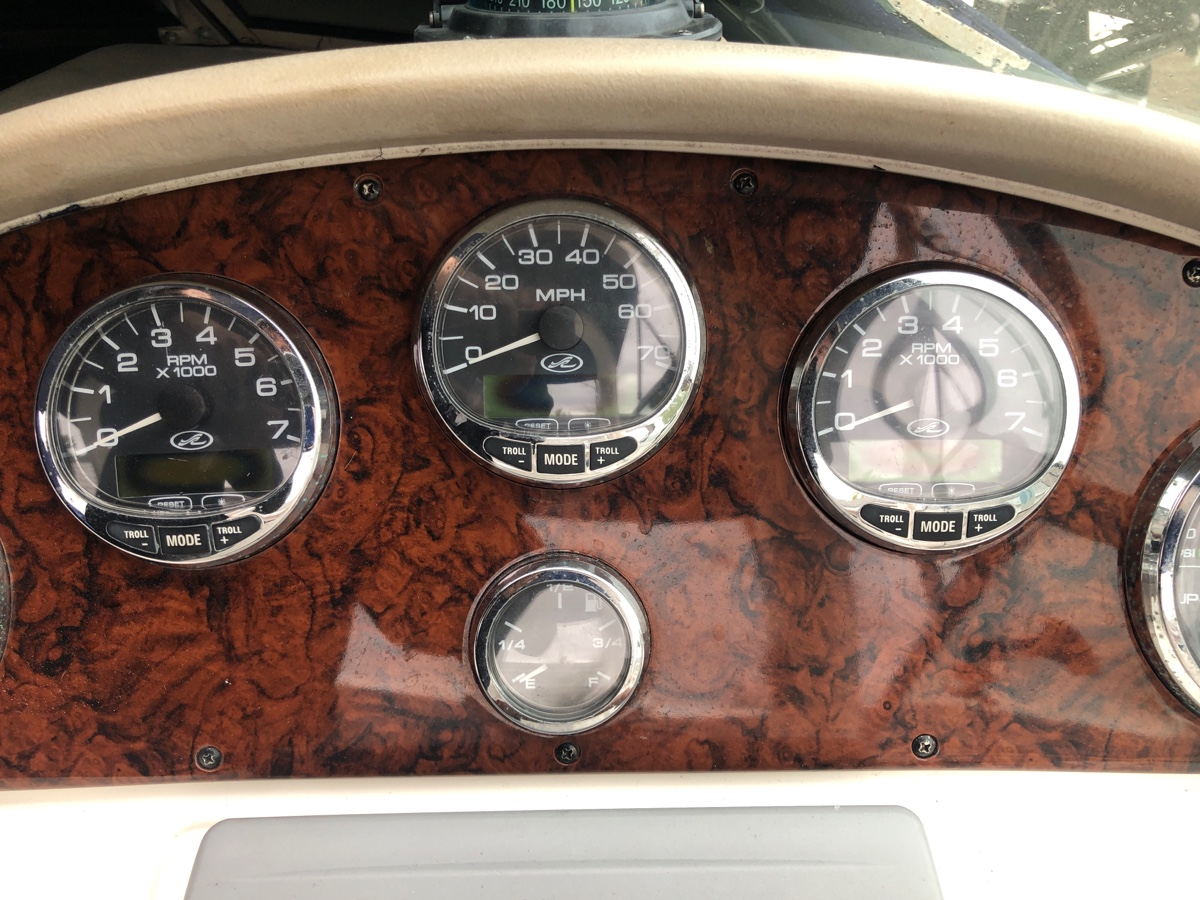 I have a sea Ray with twin Merc 350 mags  And smartcraft gauges  I