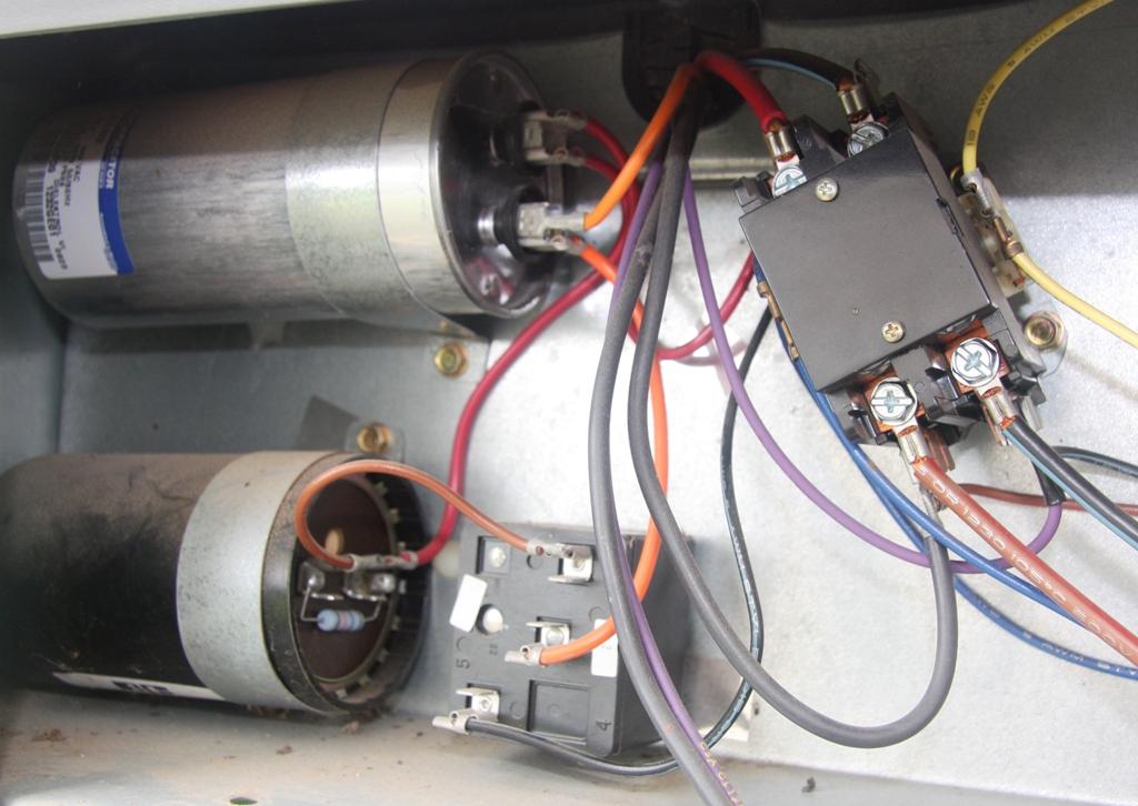trane xl1400 compressor does not cool fan on compressor. Black Bedroom Furniture Sets. Home Design Ideas