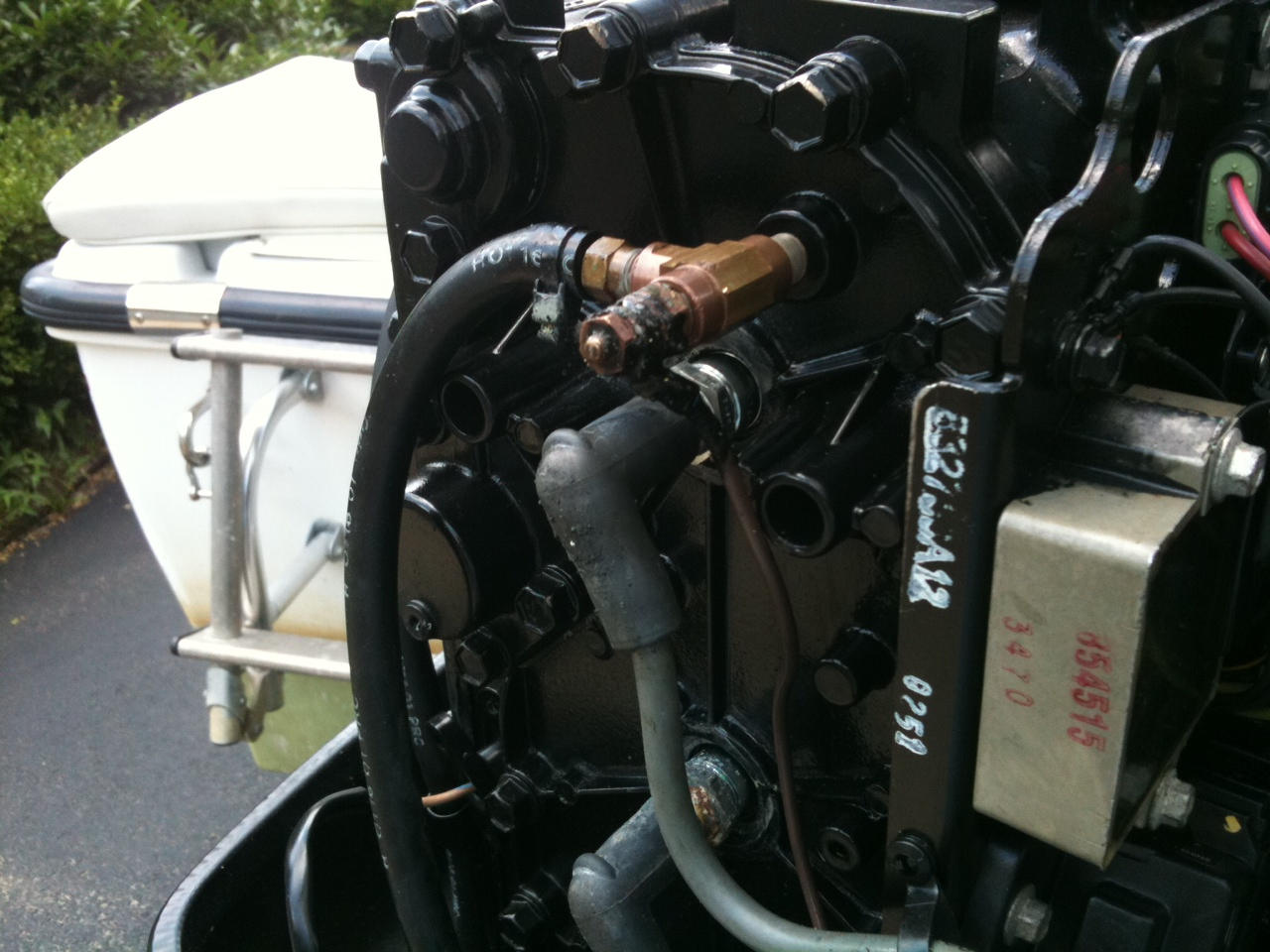 I have a 2001 mercury 90hp saltwater outboard, 3cyl, 2