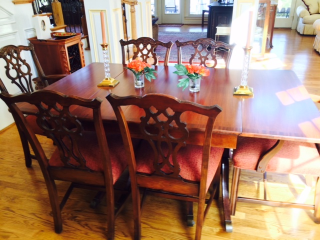 Anique dining table and chairs - has 3 more leafs.jpg