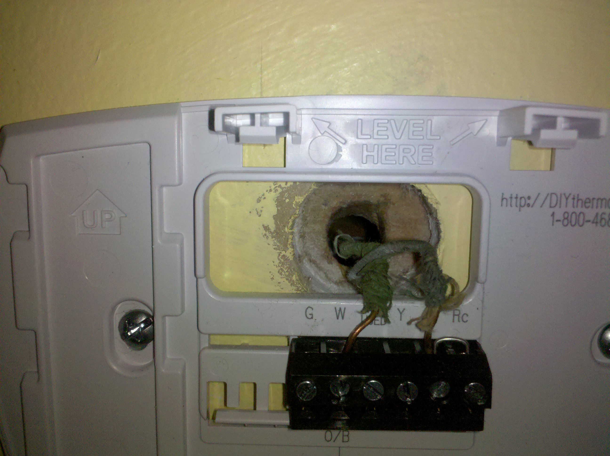 i am changing my old analog thermostat to a new honeywell rth6300b rh justanswer com how to wire an analog thermostat rheem analog thermostat wiring