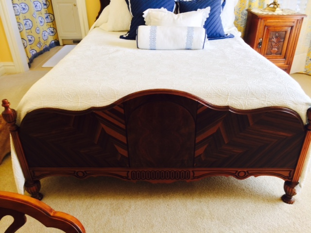 Antique Bedroom set-footboard.jpg