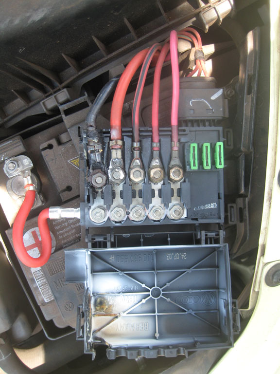 vw beetle fuse box upgrade i have a 03 vw beetle and had to replace the fuse box on top of the battery and the negative ... #13