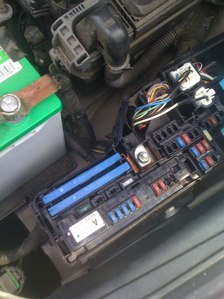 i blew a fuse to a cigarette lighter port in my search to find it rh justanswer com 2007 camry fuse box location 2007 camry le fuse box location