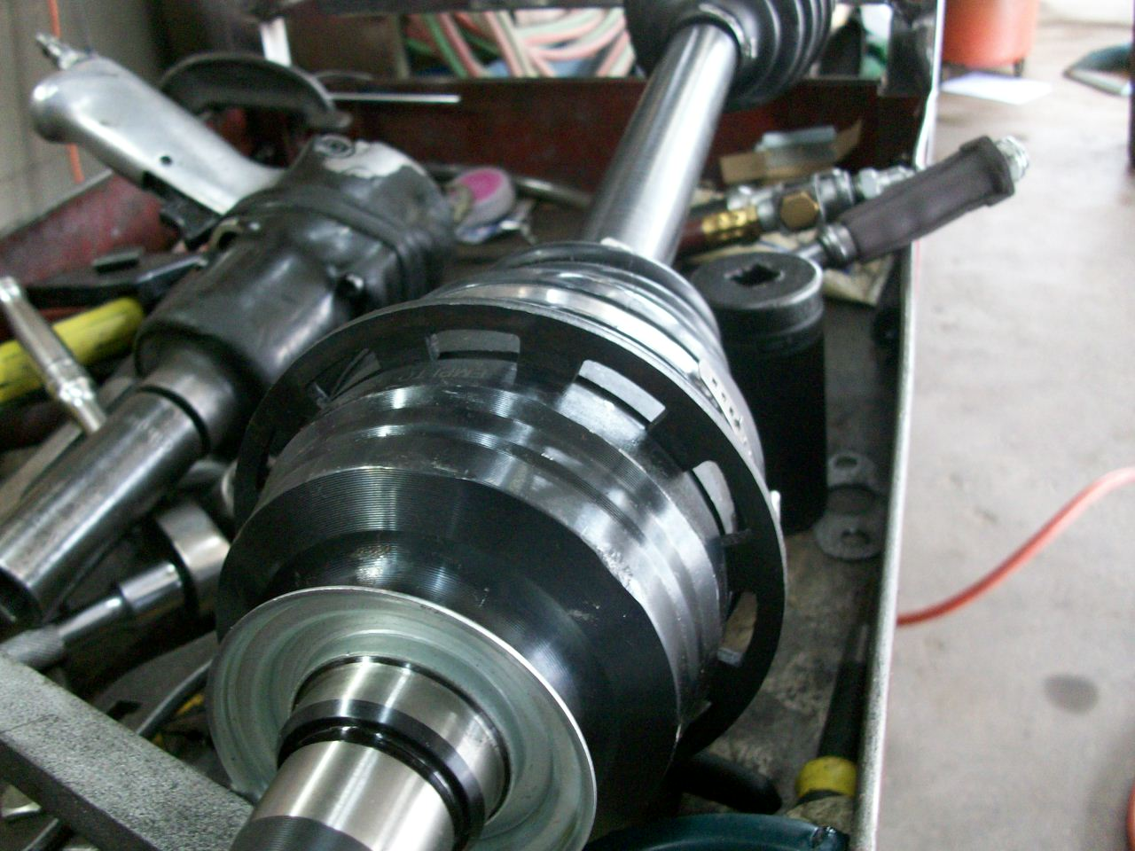 I am planning to change the front right axle  Somebody from