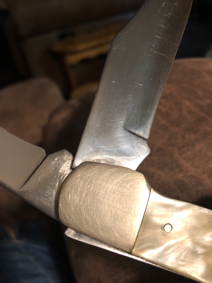 Rarewares, 22  What can you tell me about this KaBar knife