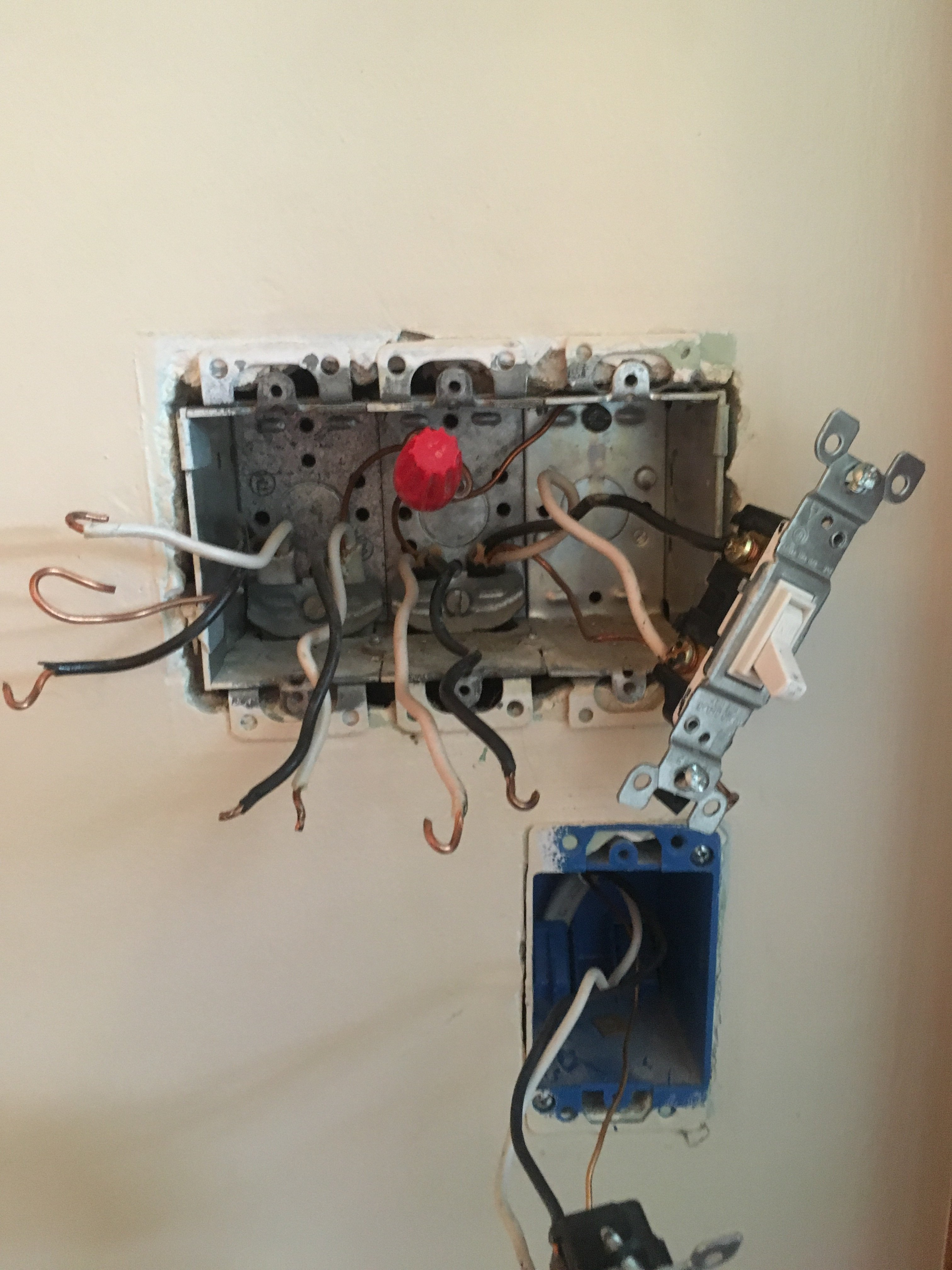 I Have A Junction Box That Has 3 Sets Of Romex In It 1 Black House Wiring Two Gang Switch Image